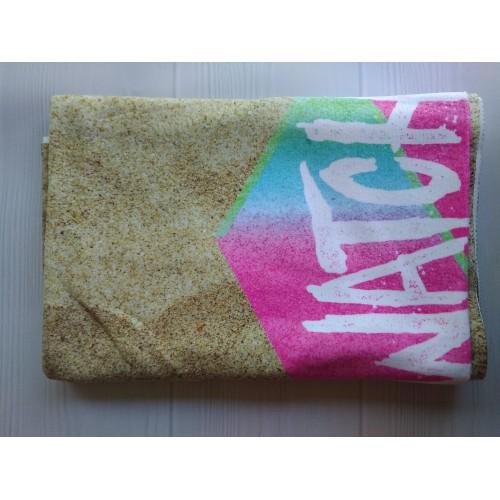 Пляжное полотенце Watch Оut из микрофибры 140х70 см  в  Интернет-магазин Zelenaya Vorona™ 4