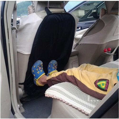 Защитный чехол на спинку переднего сиденья от ног ребенка  в  Интернет-магазин Zelenaya Vorona™ 1