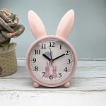 Детские настольные часы-будильник Милый кролик. Светло-розовый