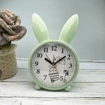 Детские настольные часы-будильник Милый кролик. Светло-зеленый