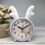 Детские настольные часы-будильник Олененок. Серо-голубой