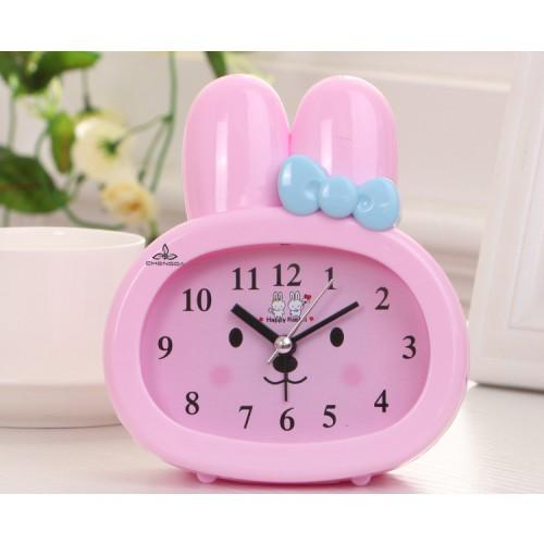 Покупка  Детские настольные часы-будильник Зайчик. Розовый в  Интернет-магазин Zelenaya Vorona™