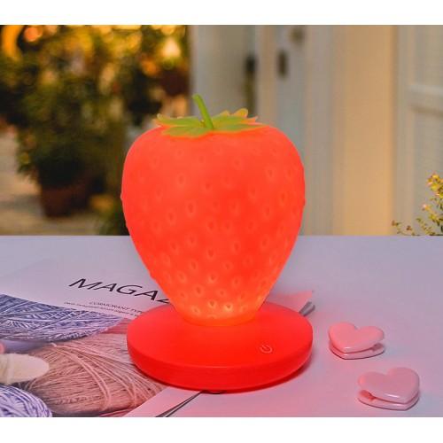 Силиконовый LED светильник-ночник Клубника. Красный  в  Интернет-магазин Zelenaya Vorona™ 1