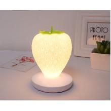 Силиконовый LED светильник-ночник Клубника. Белый