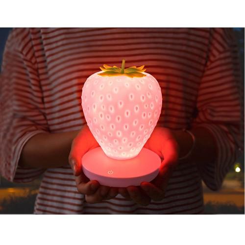 Силиконовый LED светильник-ночник Клубника. Розовый  в  Интернет-магазин Zelenaya Vorona™ 1