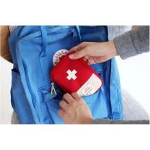 Мини аптечка органайзер для путешествий. Красный
