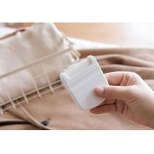 Мини-триммер для удаления ворса и катышек с одежды