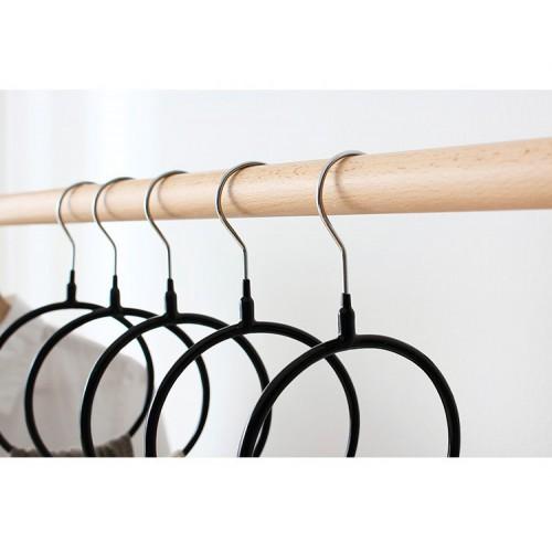 Вешалка-кольцо для шарфов, палантинов и платков. Черный  в  Интернет-магазин Zelenaya Vorona™ 1