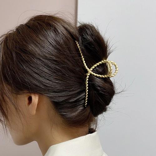 Металлический зажим для волос, заколка-краб Плетенная петелька  в  Интернет-магазин Zelenaya Vorona™ 1