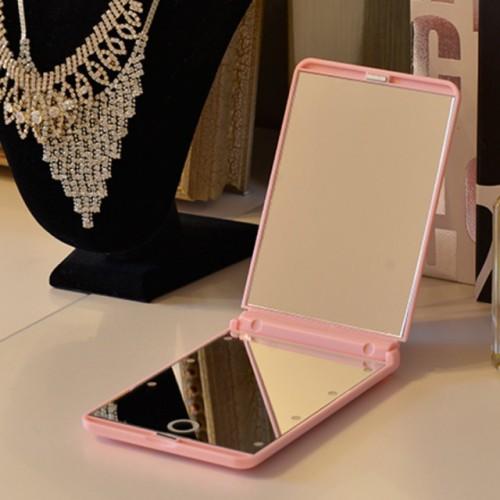 Складное зеркало для макияжа с подсветкой LED Travel Mirror. Розовый  в  Интернет-магазин Zelenaya Vorona™ 3